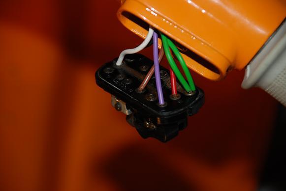 Schema Elettrico Vespa Et3 : Problema luci vespa r elettrica ed elettronica et